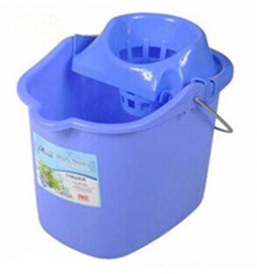 Accesorios Higiene balde plastico 12lts con estrujador 375x400